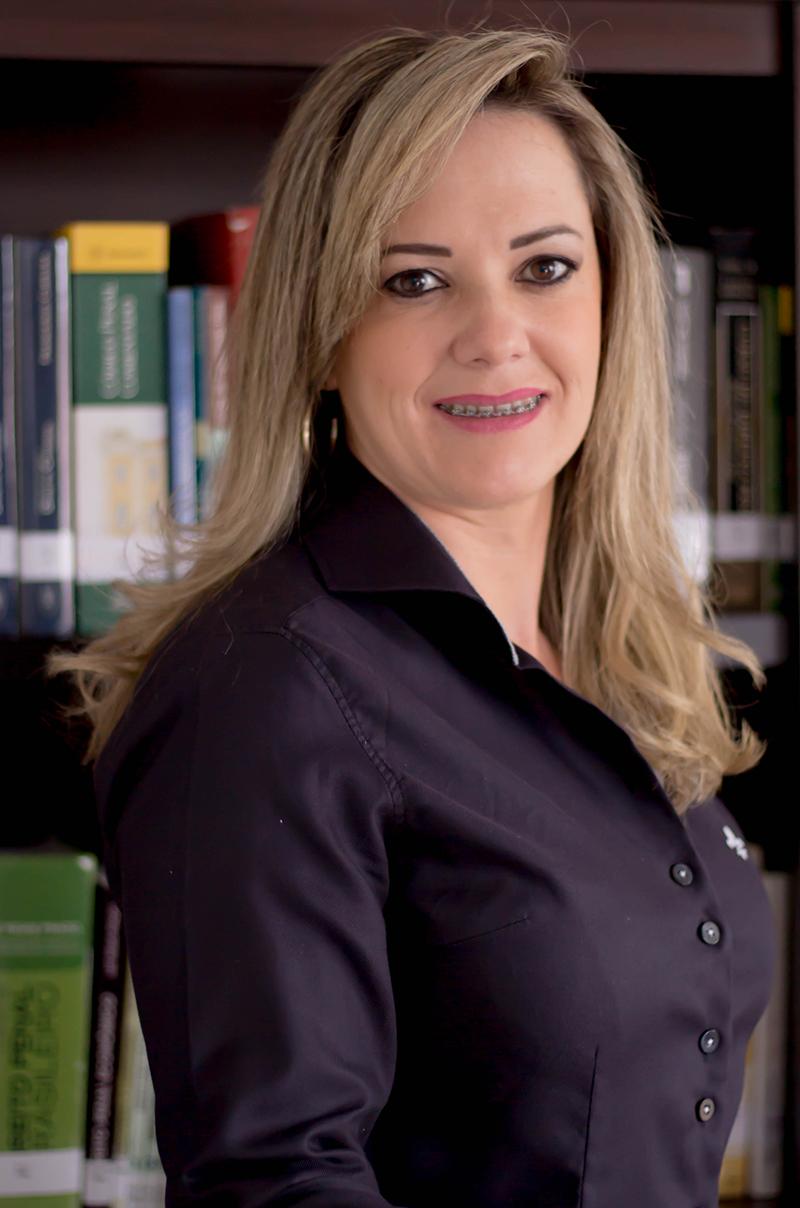 Ana Paula Savaris Mayer